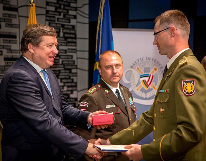 Baltijos Gynybos Koledzas 2018 Estija.jpg