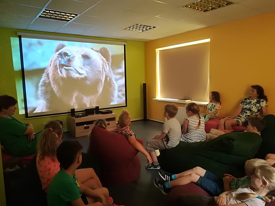 Filmų peržiūra Interaktyvioje edukacinėje erdvėje.jpg