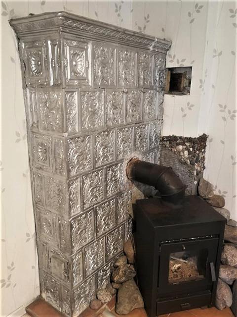 Išradingai padidinant šildymo efektyvumą.  Kretingos raj. Jokūbavo kaim.  Kokliai Kokliai XIX a. pab. – XX a. pr.  (Jolanta Mažeikaitė).jpg